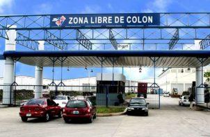 Habían abieto un boquete en el local de la empresa Taybeh S. A. Fotos: Diómedes Sánchez S.