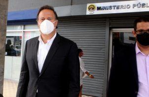 Juan Carlos Varela acudió el pasado jueves a notificarse por los señalamientos que se le hacen dentro del caso Odebrecht. Víctor Arosemena