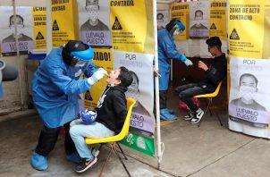 La gestión de la pandemia por parte de la OMS ha recibido diversas críticas, especialmente desde Estados Unidos, que llevaron al Gobierno de ese país a anunciar su salida de la organización el próximo año.