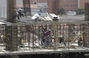 El sector de la construcción, es uno de los más afectados por la actual crisis sanitaria. Foto/Archivo