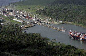 Un calado de 50 pies le permite a los buques transitar con mayor cantidad de carga.