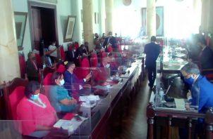 Los representantes participaron en la sesión 40 del año 2020 en el Consejo Municipal.