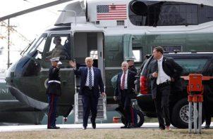 """Según el New York Times, Donald Trump se mostró """"letárgico"""", mientras que destaca que el miércoles por la noche se quedó dormido en el Air Force One tras un mitin en Minesota. FOTO/EFE"""