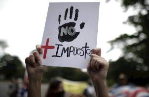 El secretario general de la Asociación Nacional de Empleados Públicos (ANEP), Albino Vargas, hizo un llamado a sus agremiados a sumarse a las protestas.