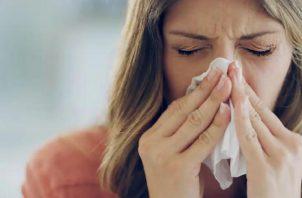 Muchos pacientes con antecedentes de rinitis se han visto afectados por el uso de mascarillas.