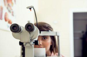 Quienes tienen miopía, pueden notar un aumento rápido de esta. (Imagen ilustrativa: Freepik)