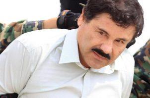 Esa inédita acción del narcotráfico logró poner de rodillas al Gobierno mexicano, que se vio obligado a liberar a Ovidio Guzmán y terminó por evidenciar la ineficiencia y abandono en la lucha contra el crimen organizado en Sinaloa. FOTO/ARCHIVO