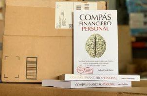 'Compás financiero personal' está de venta en Amazon en formatos eBook e impreso tapa blanda. Foto: Cortesía