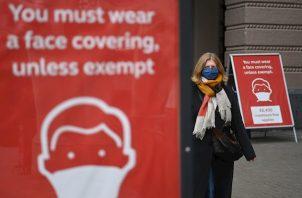 """El avance de la segunda ola de la pandemia ha llevado a diversos hospitales del Reino Unido a cancelar operaciones, algunas de las cuales se han pospuesto durante seis meses, señala """"The Sunday Times""""."""