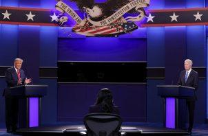 El debate de hoy tiene lugar en un auditorio de la Universidad de Belmont en Nashville, consta de seis segmentos de quince minutos cada uno para una duración total de una hora y media y está moderado por Kristen Welker, periodista del canal de televisión NBC News. Foto:EFE