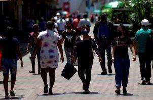 Las actividades económicas se han ido recuperando de manera lenta y eso se constata con la reactivación del 28% de los contratos que estaban suspendidos. Foto/EFE Archivo