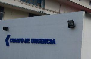 La pequeña niña fue auxiliada y llevada al cuarto de urgencias de la Policlínica Hugo Spadafora en Coco Solo de Colón, donde se dictaminó su deceso.