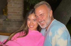 Gianluca Vacchi y Sharon Fonseca. Instagram