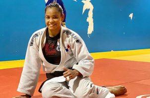 Kristine Jiménez se encuentra entrenando en Miami, Estados Unidos. Foto:@kristine52kgpan