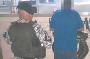 Paulino Domínguez, quien ostenta la curul del corregimiento perteneciente al distrito de Las Tablas, fue aprehendido la tarde del viernes en su residencia.