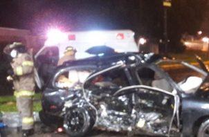 El hecho de tránsito tipo colisión se registró entre un vehículo taxi y un auto particular, en este último viajaba la víctima.