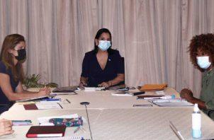 Autoridades del Gobierno Nacional durante la presentación del Examen Periódico Universal (EPU).