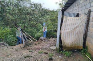 Sus viviendas fueron afectadas por deslizamientos de tierra. Foto: Eric A. Montenegro.
