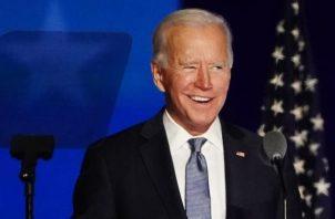 El candidato demócrata Joe Biden espera que finalice el conteo de los votos. Foto: EFE