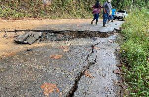 El MOP inspeccionó los daños en las áreas del corregimiento de Soloy. Foto Cortesía MOP