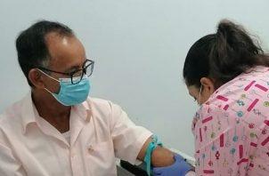 El Minsa le recuerda a la población que un 30% de las personas que padecen el virus son asintomáticos.