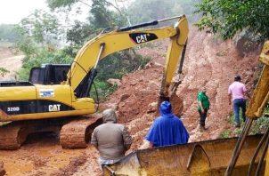 En la provincia de Coclé, se ha logrado rehabilitar el 100% de las vías afectadas en 4 días.