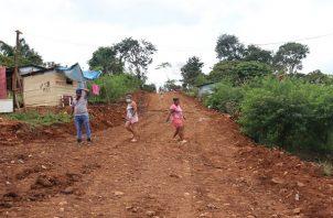 Según un censo del Miviot, unas 300 familias habitan en estos terrenos del Estado, desde hace más de 12 años.
