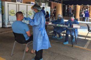 Los casos activos de coronavirus suman 18.040 en Panamá.