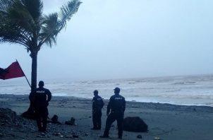 Se esperan fuertes oleajes en el Pacífico.