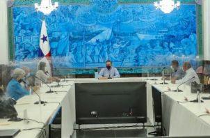 El mandatario exhortó a los diversos sectores a incorporarse a este gran diálogo nacional.