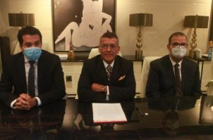 El equipo de abogados del expresidente Martinelli asegura que está listo para desmontar un nuevo juicio basado en pruebas contaminadas. Víctor Arosemena