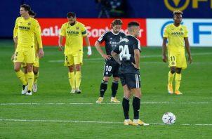 Real Madrid está a tres puntos de la cima.