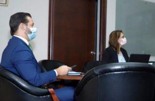 Las acciones del Plan fueron expuestas por el ministro de Salud, Luis Francisco Sucre, al ministro de Comercio e Industrias (Mici), Ramón Martínez.