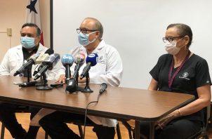 El doctor Enrique Lau Cortés explicó que  el Figali se usa para que los pacientes se terminen de recuperar.