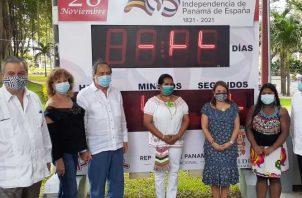 Activación del reloj para la cuenta regresiva. Foto: Víctor Arosemena
