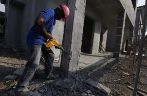 El sector de la construcción es una de las actividades que más genera empleo en el país. Foto/Archivo