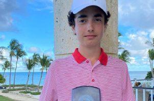 Eduardo Arango está enfocado en jugar golf a nivel universitario en Estados Unidos.