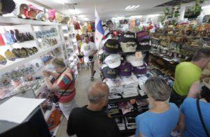 Los comerciantes apuestan a la temporada de fin de año para comenzar a recuperarse. Foto de archivo