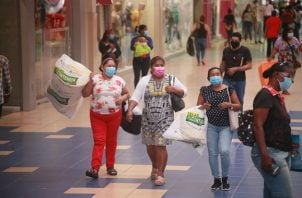 También reportan que un 10% de las tiendas de los centros comerciales aún no ha podido reabrir porque las condiciones financieras aún no se los permiten. Foto/Víctor Arosemena