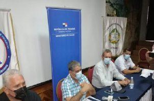 El ministro Luis Francisco Sucre dijo que la mayor parte de los contagios en Veraguas se debe a la cantidad de fiestas familiares y otras actividades clandestinas.