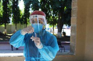 A la fecha se aplicaron 8.286 pruebas nuevas de contagio en Panamá. Foto cortesía Minsa