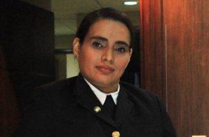 La capitana Tapia tiene más de 15 años de pertenecer a la Apom, cuenta con 16 años de experiencia como navegante y 15 años de ser oficial.