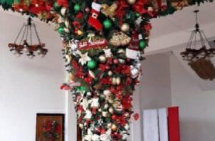 El árbol de Navidad a la inversa es una tradición que se remonta al siglo VII.