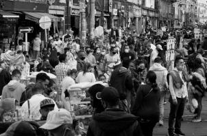 Con el levantamiento de la ley seca, le dimos a nuestros pobres: licor, pan y vino y el circo continuó. Ahora, estando el circo en pleno auge, decimos que la población es irresponsable. Foto: EFE.
