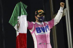 Sergio Pérez logró su primer triunfo en la F1, días atrás.