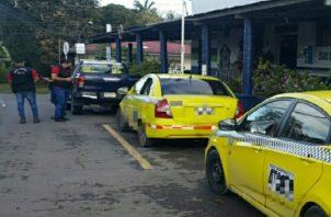 Las autoridades investigan a los dos transportistas que viajaban con unos haitianos.