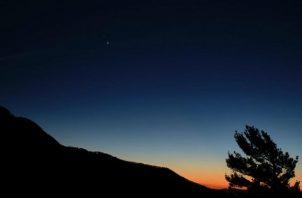 El fenómeno será visible desde cualquier lugar de la Tierra, una hora después de la caída de sol. Foto: Nasa