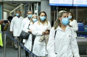 Los médicos cubanos reforzarán la lucha contra la COVID-19 en Panamá.