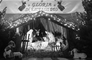 """Y nació el hijo de Dios, """"Jesús, el Emmanuel"""" que, declarado, es: """"Dios con nosotros"""". Ese niño Jesús no es otro que aquel que es el Verbo de Dios, es decir su Palabra. Foto: EFE."""