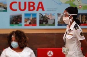 Cuba ubica a Panamá entre los países desde los cuales han mostrado porcentajes más altos de casos importados. Foto:EFE